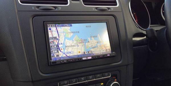 カーナビ付きの車をGPS追跡する方法