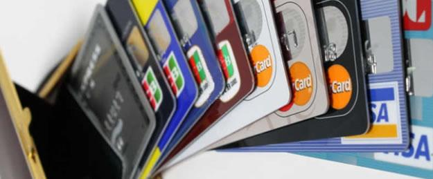 GPS追跡機をクレジットカードでレンタルできる商品